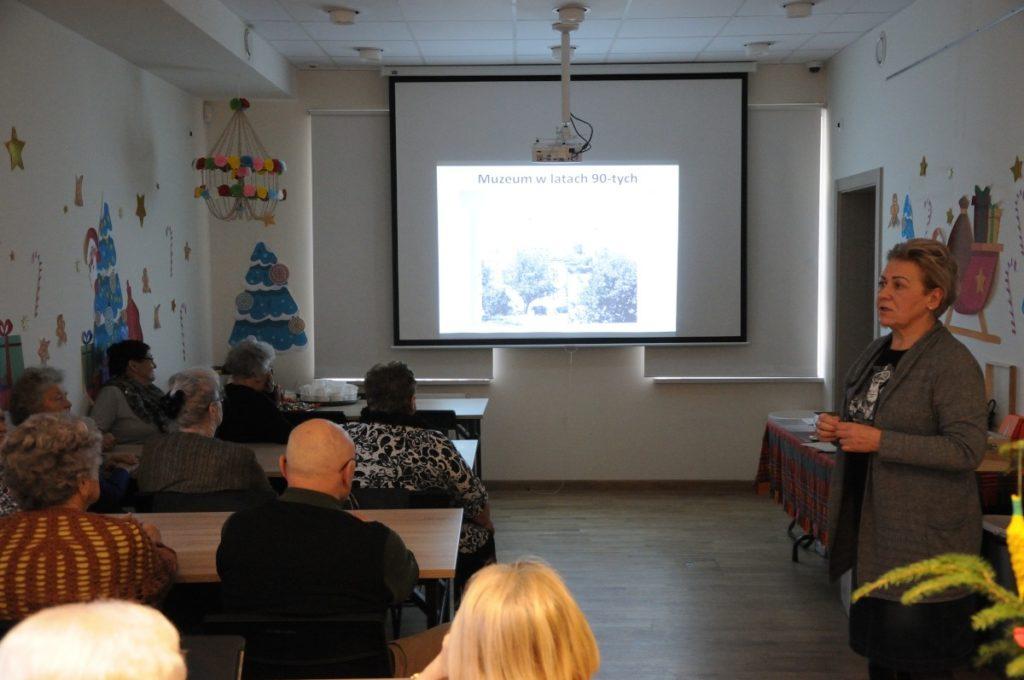 20-lecie obecności Muzeum Kultury Kurpiowskiej w Ostrołęce, prelekcja dla seniorów