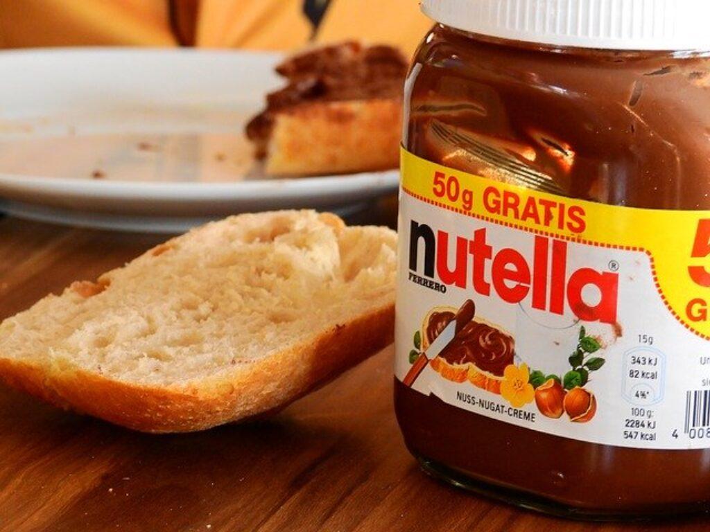 Nutella lub jakakolwiek czekolada z orzechów laskowych traci swój smak tylko w niskich temperaturach.