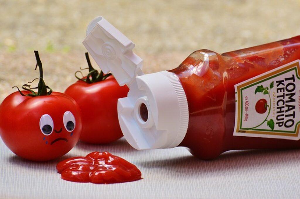 Podobnie jak ostry sos, keczup należy również do spiżarni, a nie lodówki.